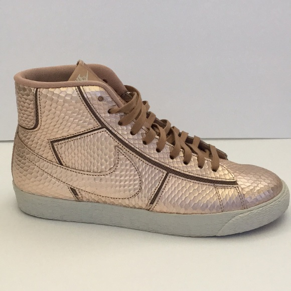 the latest 6673a ad8a2 Nike Blazer Rose Gold Python LIMITED EDITION. M5b1ecd2c45c8b3e9ccf3756a